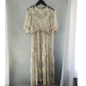 BRAND NEW! Zara lace embellished midi dress size M